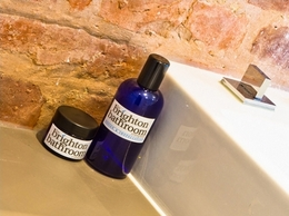 https://thebrightonbathroomcompany.co.uk/ website